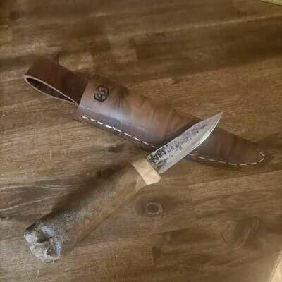Наружный нож с лезвием из цепного штифта PzKw 1. Ручка из 30 000-летней оленьей кости и слоя.