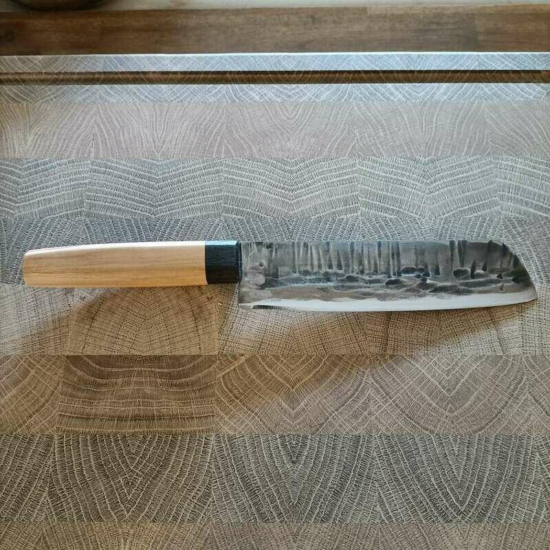 Feines Küchenmesser mit Klinge aus 1.2419.