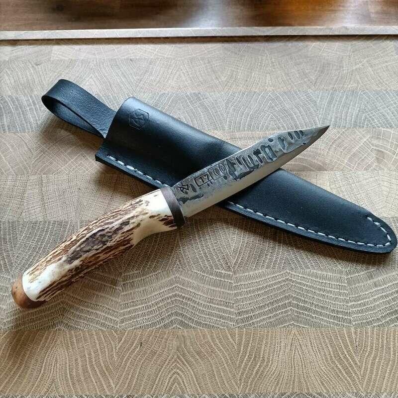 Outdoor- Messer mit Klinge aus dem Geschützrohr KWK43 aus dem 2 Weltkrieg.