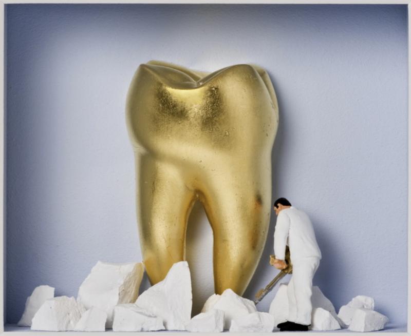 """Volker Kühn """"Der Goldene Zahn"""""""