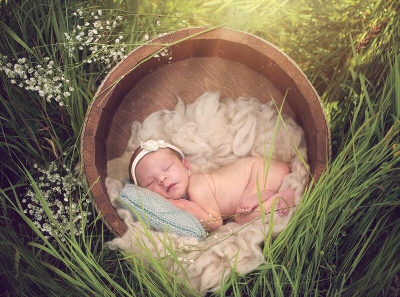 Newborn Digital Backdrop - Outside Spring Grass