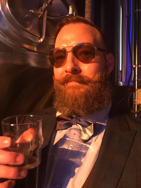 Beard Comp Registration- Full Beard Under 6'