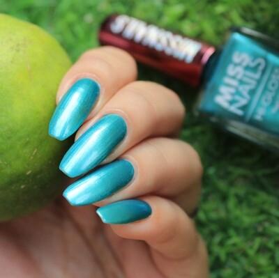Hi-Gloss Charming Green