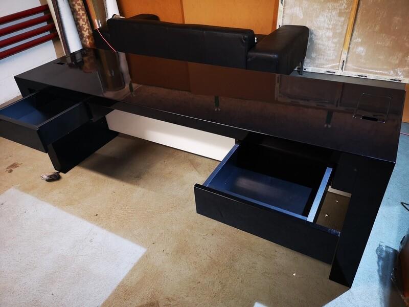 Empfangs- Tisch 2-Teilig als Winkel  Massivholz Hochglanz Schwarz