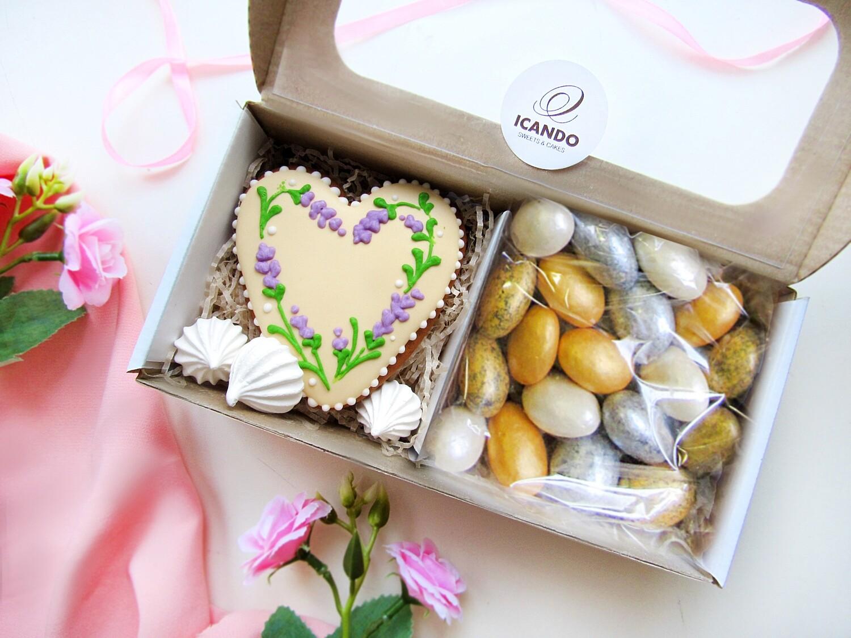 """""""Тёплое Сердце №1"""", подарочный набор сладостей"""