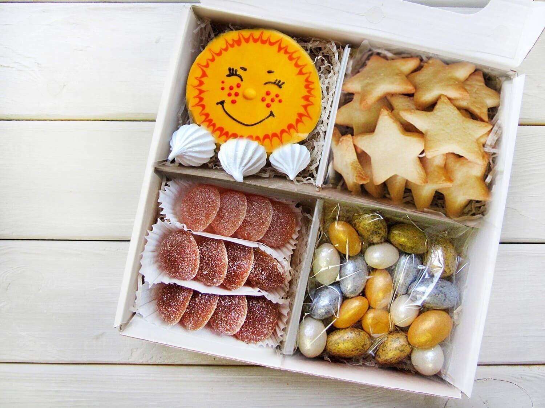 """""""Солнечный №2"""", подарочный набор сладостей для детей"""