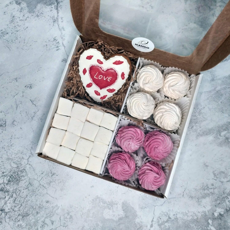 """""""Люблю!"""" №2, подарочный набор сладостей для женщины"""