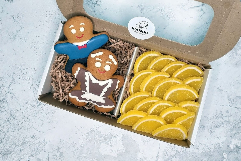 """""""Школьникам"""" №1, подарочный набор сладостей для детей"""