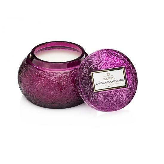 Voluspa Santiago huckleberry Ароматическая свеча Черника из сантьяго