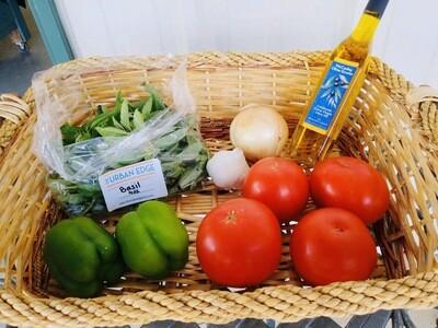 Pasta Sauce Kit: 2lb tomatoes, 1/2lb sweet pepper, 4 oz basil, onion & garlic head.