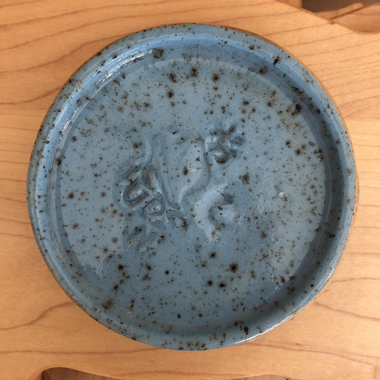 small flat dish 3547