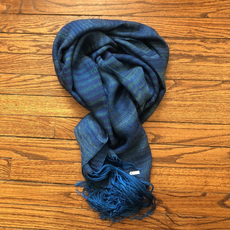 Blue shawl/scarf 4520