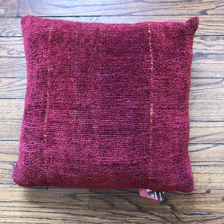 Pillow 3552