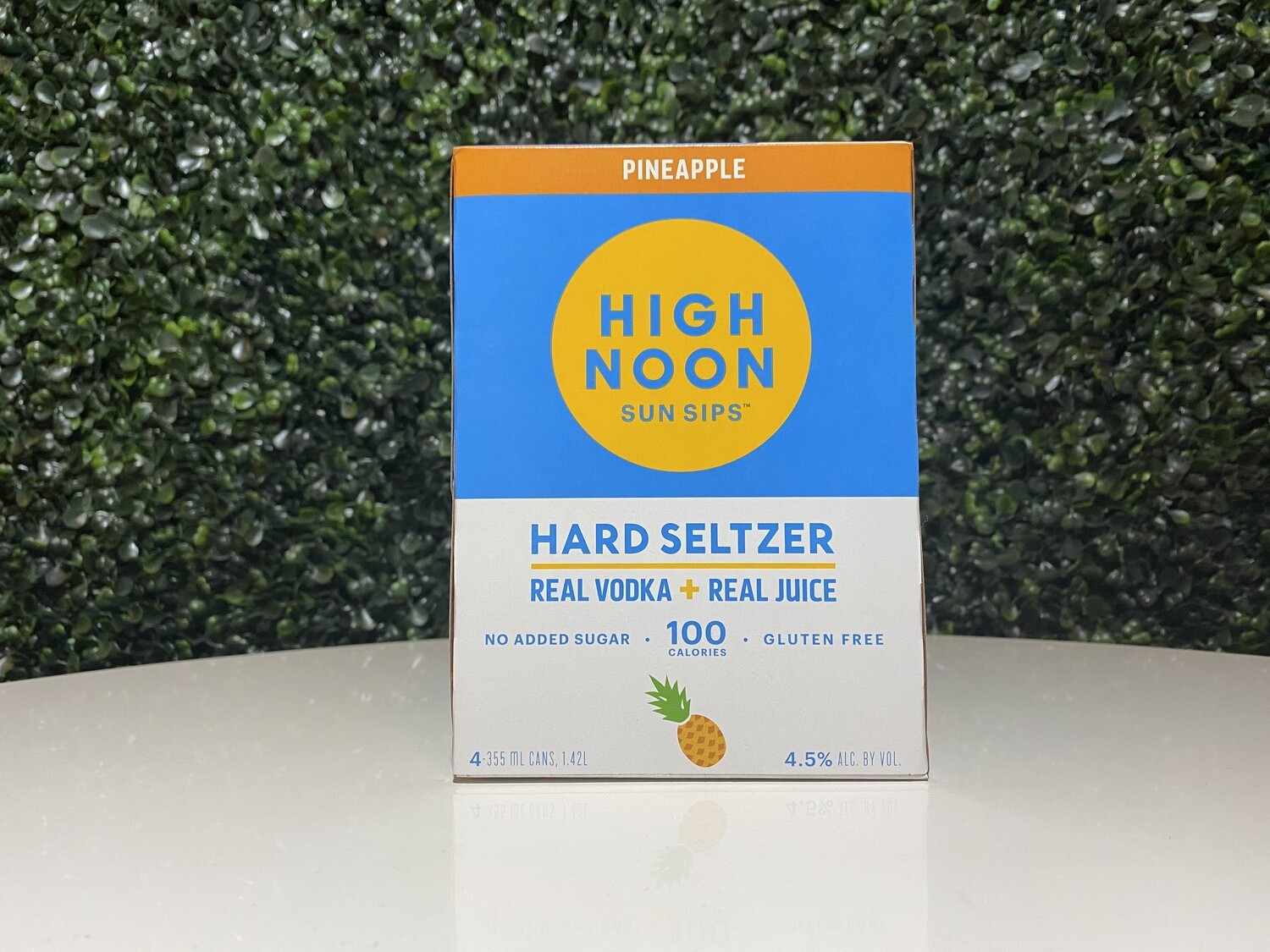 High Noon - Pineapple Seltzer - 4.5% ABV - 4 Pack