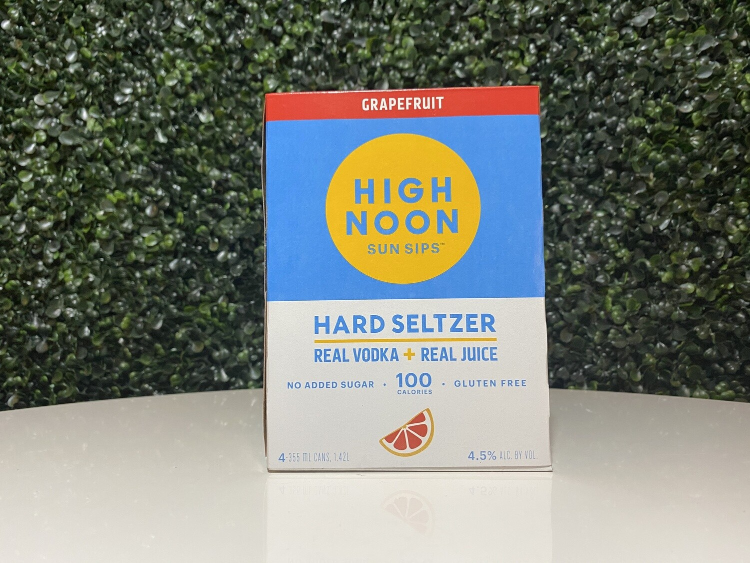 High Noon - Grapefruit Seltzer - 4.5% ABV - 4 Pack