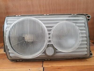 Mercedes-Benz Right Headlight (W123)