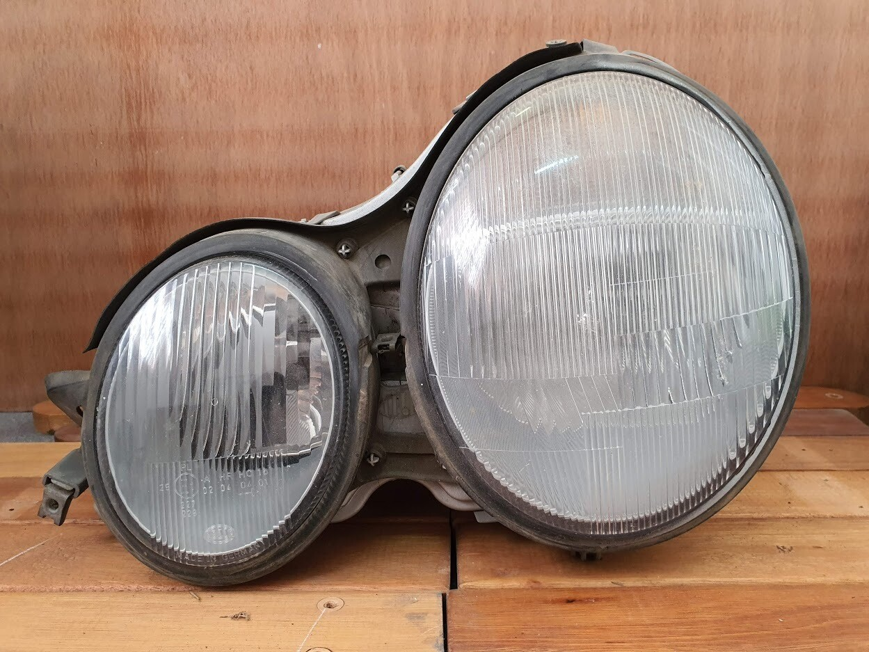 Mercedes-Benz Left Headlight (W210)
