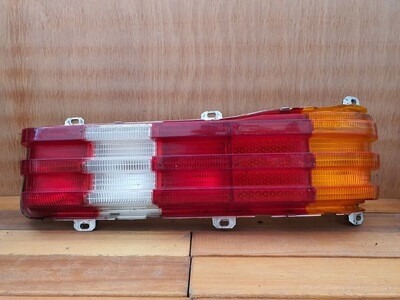 Mercedes-Benz W123 Right Tail Light