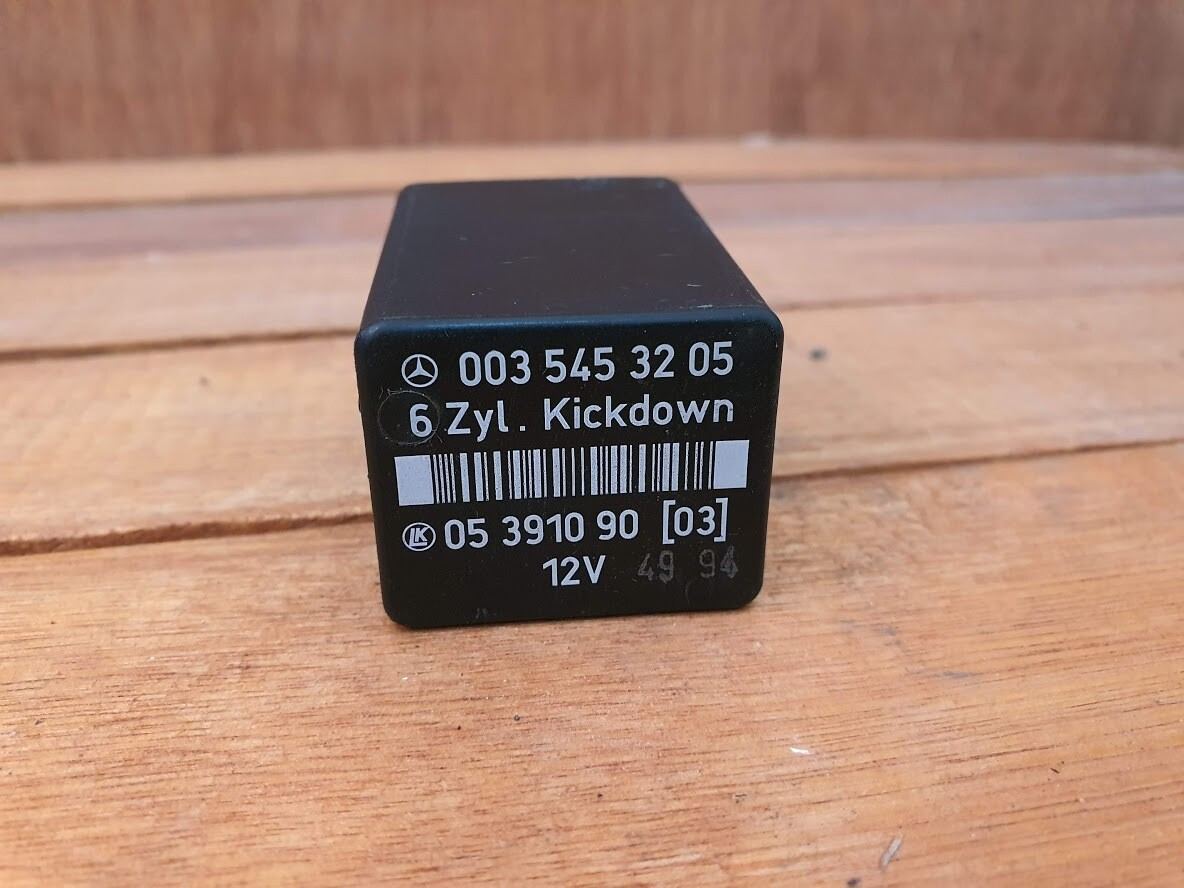 Mercedes-Benz kickdown relay (W210)