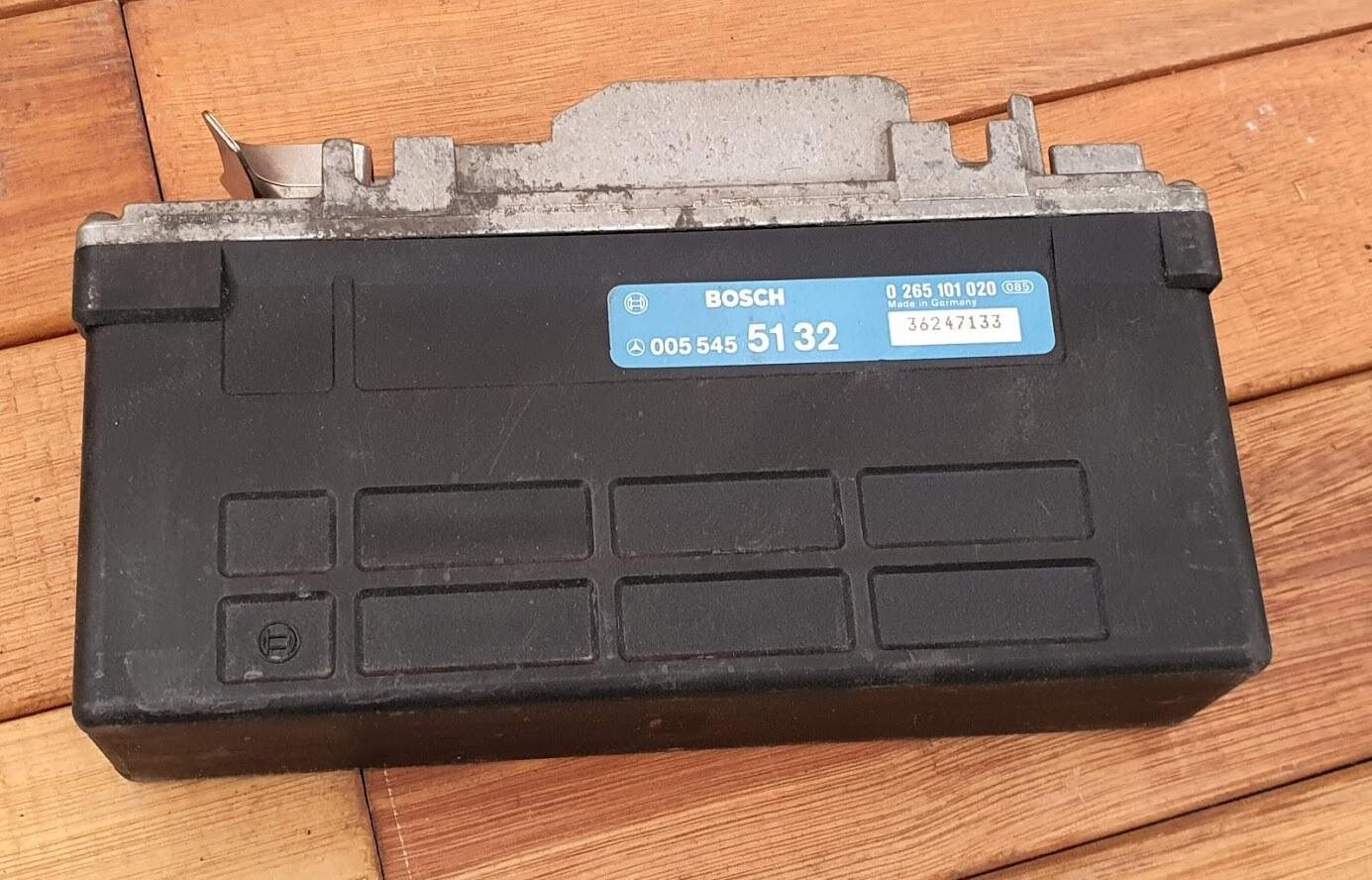 Mercedes-Benz ABS control module (W124)