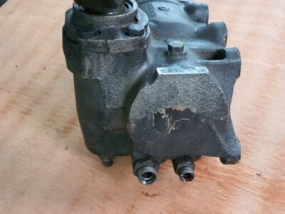 Mercedes-Benz steering box (W123)