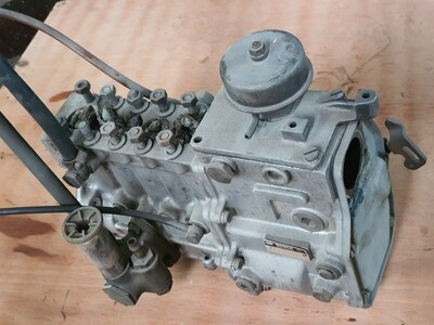 Mercedes-Benz OM617 diesel pump (300D)