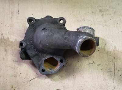 Mercedes-Benz water pump housing (M110)
