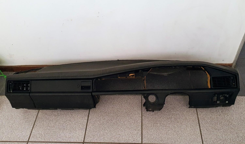 Mercedes-Benz dashboard (W201)