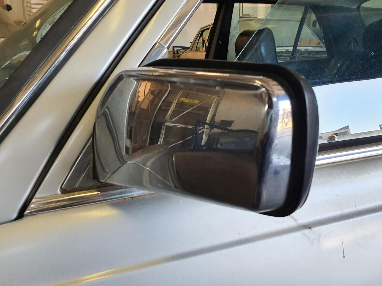 Mercedes-Benz left manual mirror (W123)