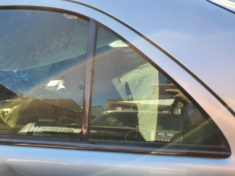 Mercedes-Benz Left Rear Quarterlight Glass (W210)