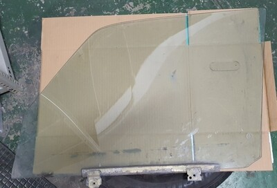 Mercedes-Benz Right Front Glass (W116)