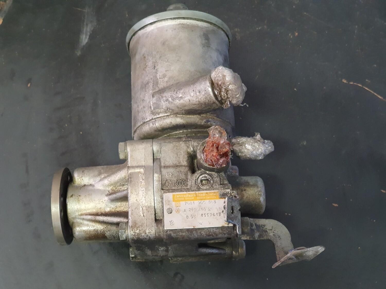 Mercedes-Benz Power Steering Pump (W124/W202)