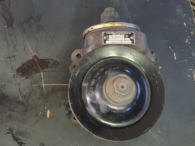 Mercedes-Benz Power Steering Pump (OM615, 616, 617)