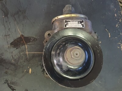 Mercedes-Benz Power Steering Pump (OM615, 616, 617)