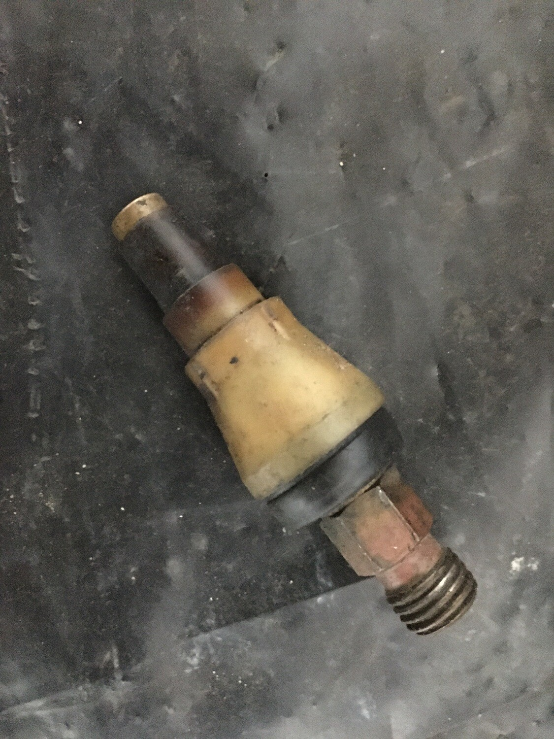 Mercedes-Benz W116/ R107 350/450 Fuel Injector