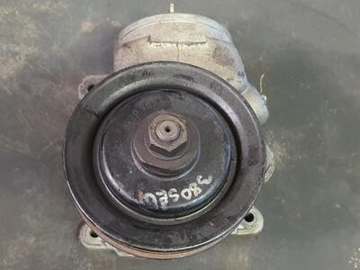 Mercedes-Benz Power Steering Pump (W126)