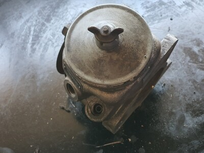 Mercedes-Benz Power Steering Pump (M102)