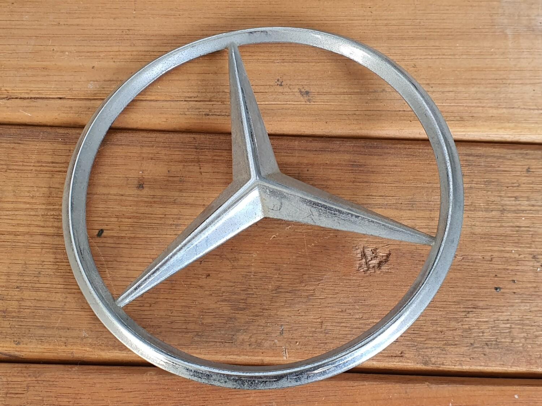 Mercedes-Benz Boot Star