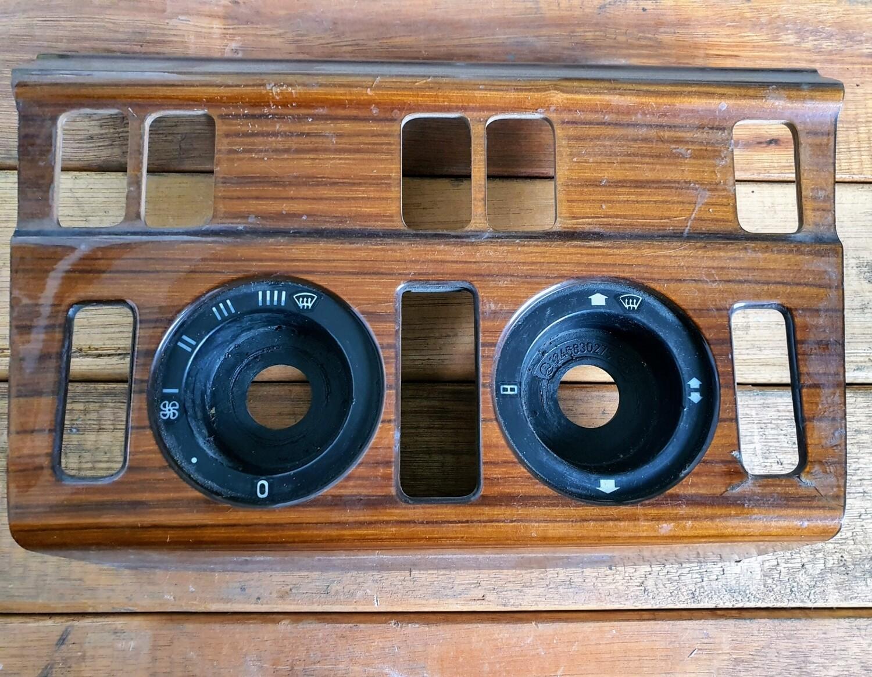 Mercedes-Benz AC Control Panel Wood Trim (W124)