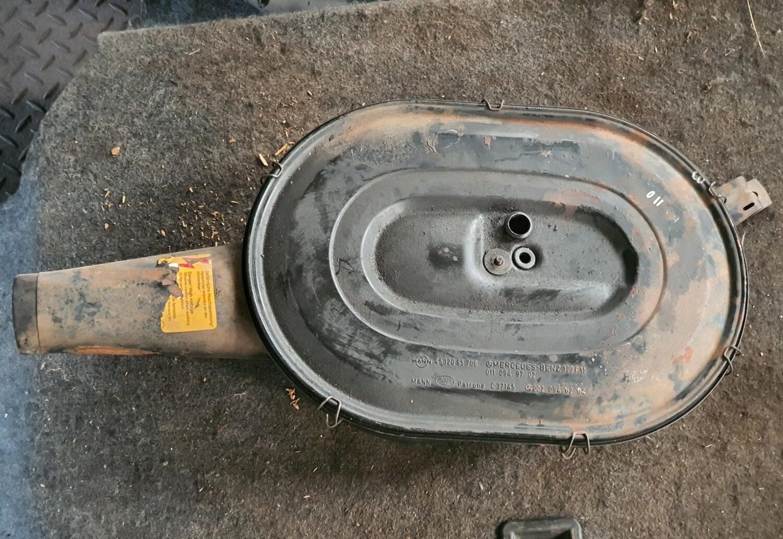 Mercedes-Benz Air Filter Housing (M110)
