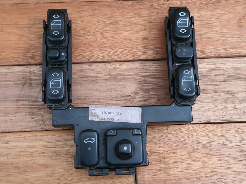 Mercedes-Benz Switch Panel (W202/W210)