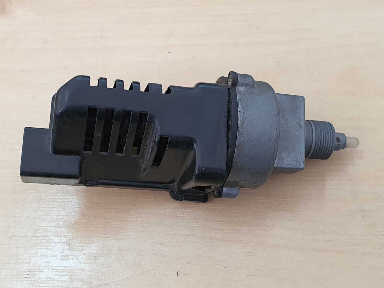 Mercedes-Benz Blower Motor Switch (126 SEC)