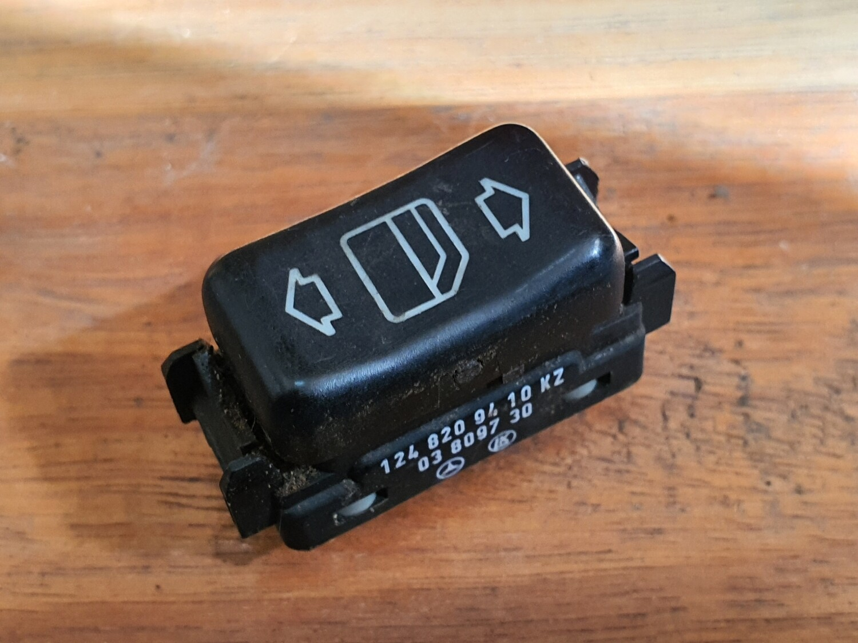 Mercedes-Benz Window Switch (W124)