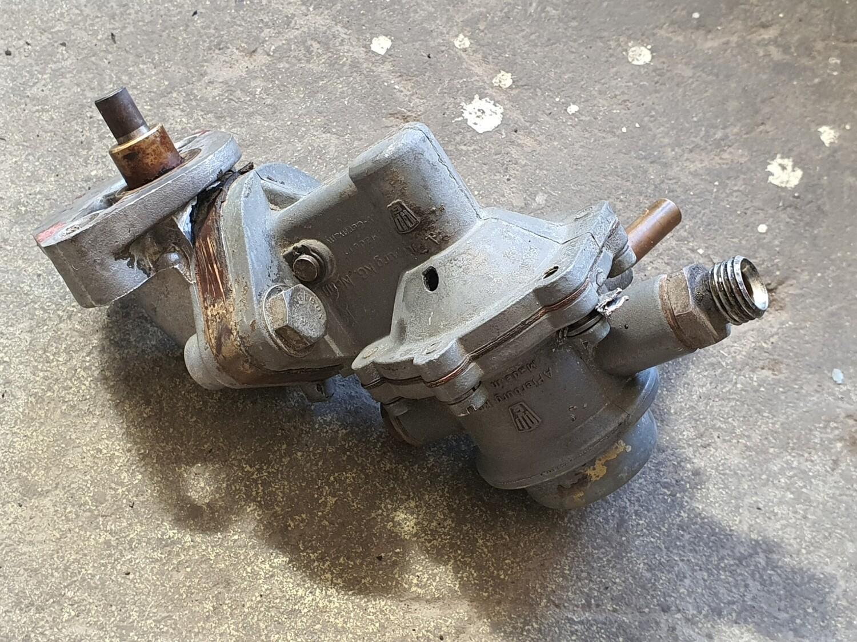 Mercedes-Benz Fuel Pump (M130)