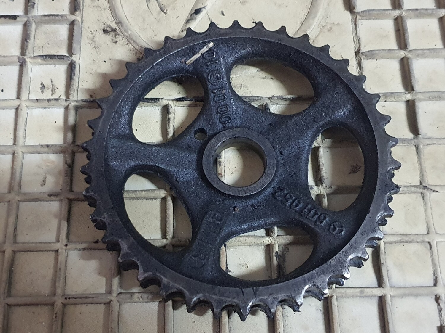 Mercedes-Benz Chain Gear (Om602)