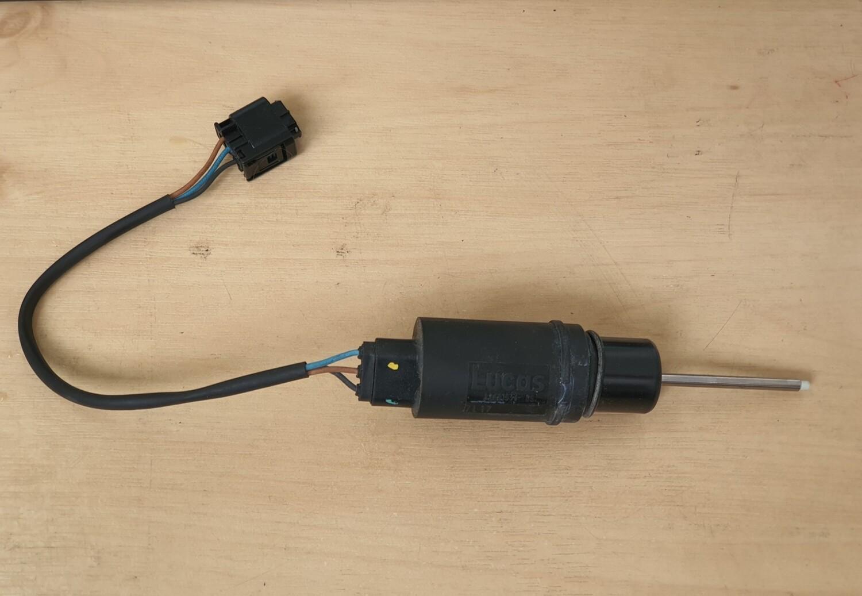 Mercedes-Benz Brake Booster Diaphragm Position Sensor (W210, W208,  W202)