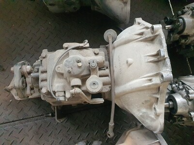 Mercedes-Benz Manual Column Shift Gearbox (W114/5 and W108)