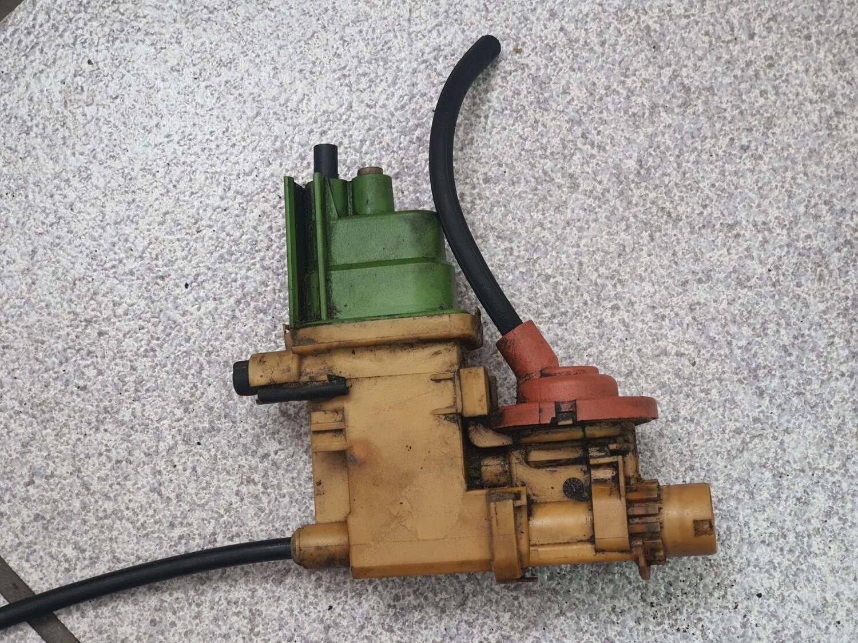 Mercedes-Benz Auto Transmission Kickdown Cable (W123, W124, W201)