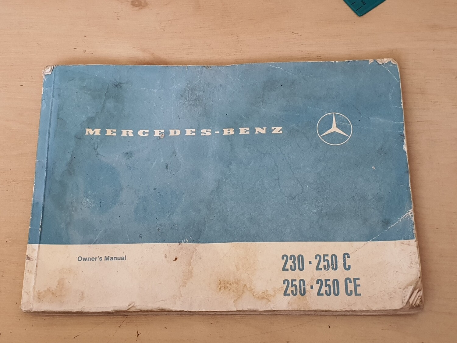 Mercedes-Benz Owners Manual (250, 250CE)