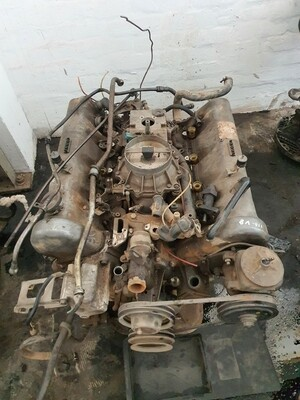 Mercedes-Benz M116 350 V8 engine (excluding ancillaries)